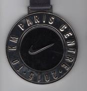 Médaille Marathon : 10 Km Paris Centre Par Nike - France