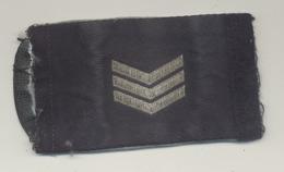 Insigne De Grade D'épaule En Tissu - Sergent -  Force Aérienne - Scudetti In Tela