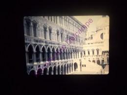 Diapositive Slide Diapo 1968 Italie Italy Venise Palais Des Doges - Diapositive