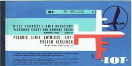 Ticket/Billet D'Avion. LOT Polish Air Lines . Warsaw/Frankfurt. 1971. - Billets D'embarquement D'avion