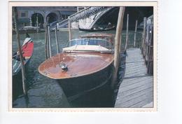 S3480 Cartolina Collezione Figurine Barbie And Associated Trademarks Con Immagine Di Barca - Barche