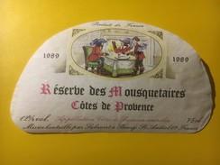 3592 -    Côtes De Provence Réserve Des Mousquetaires1989 - Etiquettes
