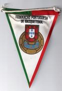 PORTUGAL CLOTH PENNANT/ FLAG FEDERAÇÃO PORTUGUESA DE BASQUETEBOL BASKETBALL BASKET - VINTAGE - Apparel, Souvenirs & Other