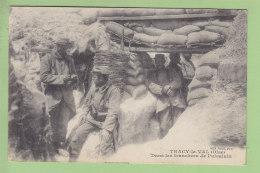 Dans Les TRANCHEES DE PUISALAIN, Tracy Le Val (Oise) . 2 Scans. Edition Desaix - Guerre 1914-18