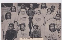 Carte 1920 ILES GILBERT / ECOLE DES SOEURS (beau Plan De Groupe) - Micronésie