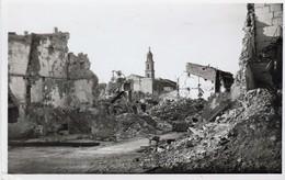 """BdR  Arles  Aprés Un Bombardement  """"cliché GEORGE Arles"""" Cpsm - Arles"""