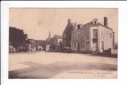 CPA - CHAUDEFONDS - La Grande Place - France