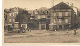 BEAULIEU SUR DORDOGNE - Place Marbot - 102 - Other Municipalities