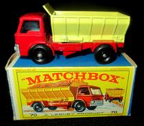 LESNEY - MATCHBOX *** NR 70 GRIT SPREADING TRUCK -  ORIGINAL BOX - VOITURE CONDITION A - EN BOITE ORIGINALE *** 1970 ! - Toy Memorabilia