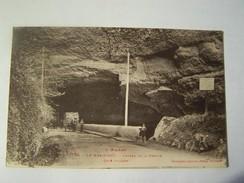 Cp1200 E5 LE MAS D AZIL Entrée De La Grotte Coté Village  Animée - Zonder Classificatie