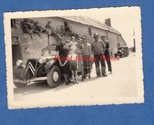 Photo Ancienne - PONT DE VARENNE ( Maine Et Loire ) - Famille Devant Auto Citroen Traction -1953- Louresse Rochemenier - Automobiles