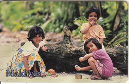 MALDIVES ISL.(chip) - Children, Our Playground, CN : 0299, Used - Maldives