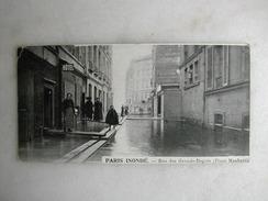 INONDATIONS - PARIS Inondé - Rue Des Grands Degrés - Place Maubert - (carte Demi-format En Hauteur) - Inondazioni