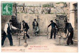 CPA 1923 ANIMEE LES PYRENEES UNE PARTIE DE QUILLES - Jeux Régionaux