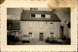 METIERS - Petite Photo Prise En Bretagne (Finisère - St-Jean) - TRAVAUX PUBLICS - Engins - Rouleau - Lieux