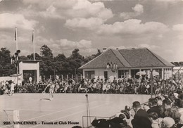 VINCENNES - Tennis Et Club House  ( Rare Et Unique Sur Le Site ) - Vincennes