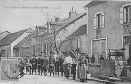 Dampierre Sur Vingeanne L Ecole - Francia