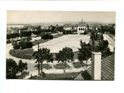 Cp  - REIMS (51) - Foyer Rémois Vue Panoramique Place Du 11 Novembre Maison Commune - Reims