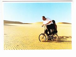 """CAMEL, """"Paris-Dakar 2015: Wrong Camel"""" Mini-vélo Dans Le Désert, Photo Toby Savage, Ed. Cartapub 2015 - Publicité"""