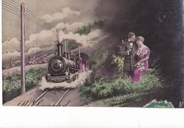 26177 Cpa -femme Homme Amour Conjugal Train Locomotive- Sans Ed -