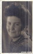 JEUNE FEMME  PORTRAIT   STUDIO MARC    SEPT 1944   CARTE PHOTO - Anonymous Persons
