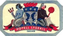 2 Hotel Label Etiquette Mythologie SIRENE Mermaid Zeemeermin Meerjungfrau Hotel Lysekill Sweden Hotel Syrena Warsawa - Hotel Labels