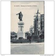 LNTP8004CPA-LFT3436TBES.Tarjeta Postal De LEON.Escultura,ARTE,plaza,monumento.ESCULTURA DE GUZMAN EL BUENO.Leon - Esculturas