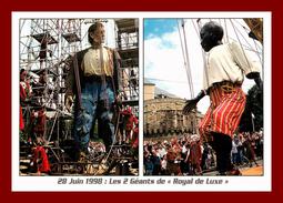 Dept 44 * Nantes *  Les 2 Géants De Royal De Luxe    ( Scan Recto Et Verso ) - Nantes