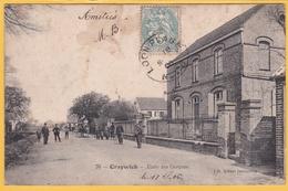 RARE CPA CRAYWICK Ecole Des Garçons Animé 59 Nord Voyagée 1906 !!! Tachée !!! - France
