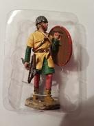 Figurine  Delprado  Plomb Crossbowman First Crusade 1096-99 - Militaires