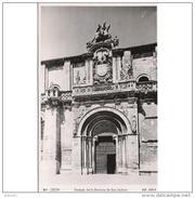 LNTP8015CPA-LFT5250TBES.Tarjeta Postal De LEON.IGLESIA.ARTE.Escultura.Fachada De La BASILICA DE SAN ISIDORO..Leon - Esculturas