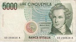 BILLETE DE ITALIA DE 5000 LIRAS DEL AÑO 1985 DE VELLINI  (BANKNOTE) - [ 2] 1946-… : República