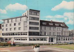 D-27472 Cuxhaven- Duhnen - Strandhotel - Cars - Ford - Cuxhaven