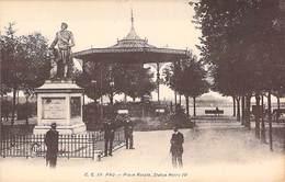 64 - PAU - Place Royale, Statue Henri IV  C. C. 19 Carrache - Pau