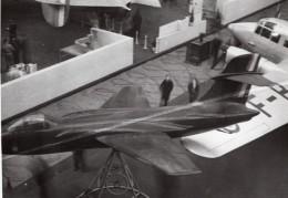 Paris Grand Palais Salon De L'Aeronautique Avion De Chasse Ancienne Photo 1946 - Aviation