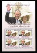 GRENADA   3534  MINT NEVER HINGED MINI SHEET OF PRINCE CHARLES & CAMILLA - Familias Reales