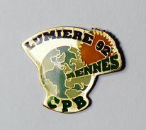 Pin's Lumières 92 Rennes CPB - BR3/5 - Villes