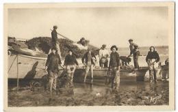 ILE D OLERON - Embarquement D'huîtres Dans Les Viviers - 93 - ARJAC - Ile D'Oléron