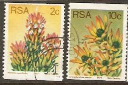 South Africa 1977 SG 432,4 Coil Stamps Fine Used - Afrique Du Sud (1961-...)