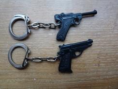 2 PORTE-CLEFS - SCHICK - Pistolets Miniatures - Plastique - Porte-clefs