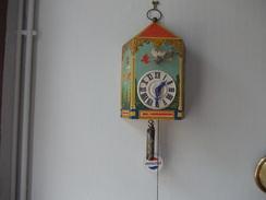"""PENDULE PARLANTE PUB """" PEPSI COLA """" Année 1940/1950 BON ETAT  - Signée: VILLEMOT -  Hauteur Totale:48cm Largeur : 28cm - Horloges"""