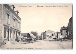 CPA 54 Piennes Entrée Du Village De Par Les Usines - France