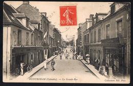 OUISTREHAM . La Grande - Rue . - Ouistreham