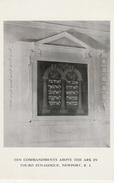 CPSM Newport - Ten Commandments Above The Ark In Touro Synagogue - Newport