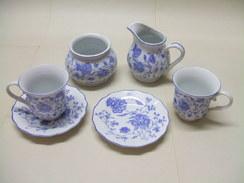 SERVICE à CAFÉ Porcelaine Véritable - Décor Floral Bleu - Cups