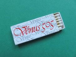 Boîte D´allumettes - Vénus 505 - Une Nouvelle Petite Française - Matchbox Labels