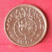 MOZAMBIQUE 1 ESCUDOS 1965 -    KM# 82 - (Nº10113) - Mozambique