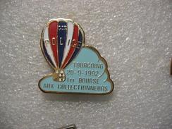 Pin's Montgolfiere Pub CAS Police.1ere Bourse Aux Collectionneurs à TOURCOING Le 20-09-1992 - Airships