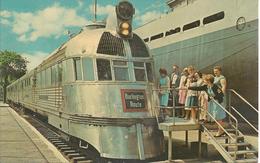 Pioneer Zephyr - Burlington Railraod Lines / First Railroad Streamliner - Museum Of Science Chicago