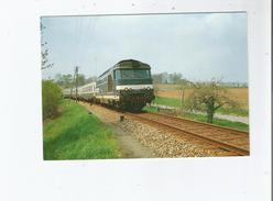 VITRE (35) 106 LIGNE DE FOUGERES A VITRE . TRAIN DE PELERINS TRACTE PAR LA BB 67 425 (1991) - Vitre